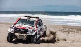 Toyota GAZOO Racing in control at midpoint of Dakar 2019